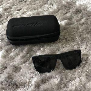 🔴FLASH SALE🔴 Arnette Sunglasses